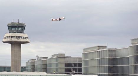 Air traffic control strike continues for second day
