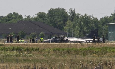 Hungary crash grounds Swedish Saab planes