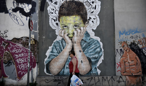 ECB throws Greece eurozone crumb