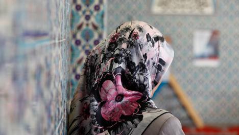 Berlin borough town hall OKs Muslim headscarf