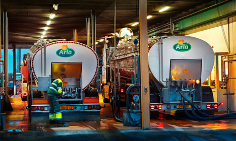 Dairy giant Arla pulls money out of Greece