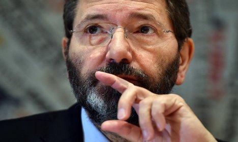 Rome Mayor Marino sent bullet in post