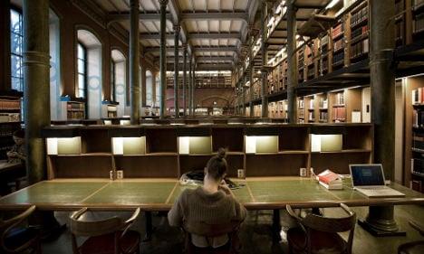 Stolen Swedish antique books returned by FBI