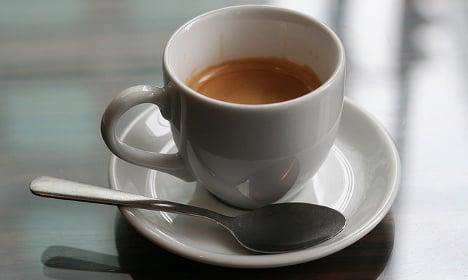 Thief drugs tourist's coffee with sedative