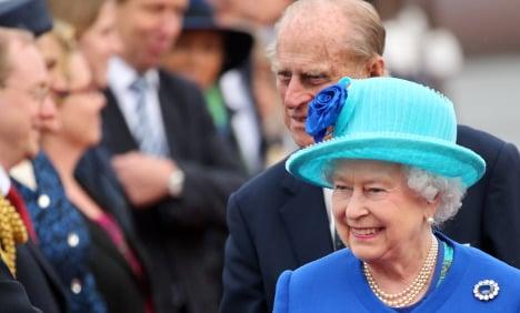 As it happened: Queen arrives in Berlin