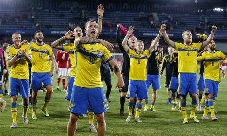 Sweden thrash Denmark to reach Euro final