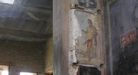 Did the men of Pompeii have a penis problem?