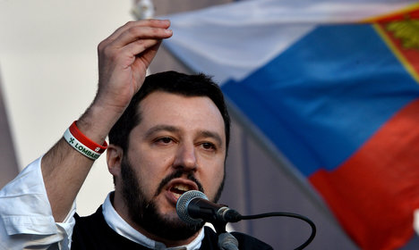 Berlusconi woos Salvini to form alliance