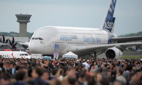 Paris Air Show set for Airbus vs Boeing battle