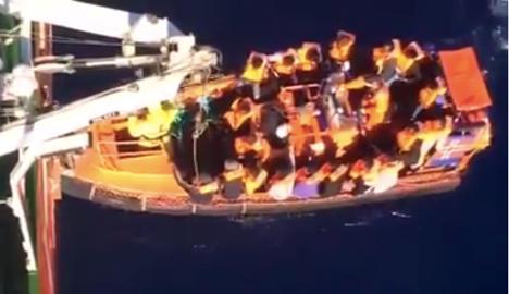 Norway ship saves 600 in Mediterranean
