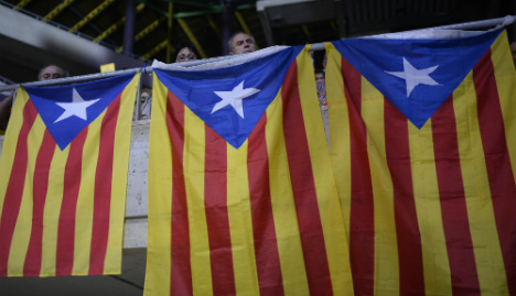 Catalan ministers step down over independence