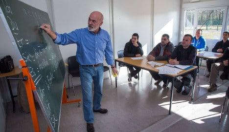 German teachers rally against low pay