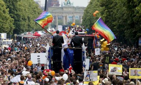 Berlin Gay Pride celebrates US ruling