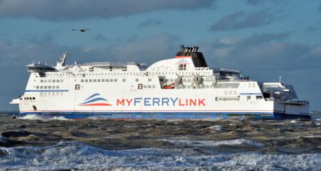 French strike action closes Calais port
