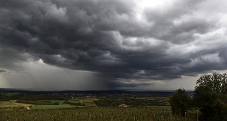 Violent storms to batter south west France