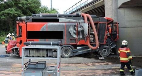 Truck driver dies after slamming into pillar