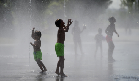 Warning: third heatwave to bake sweltering Spain