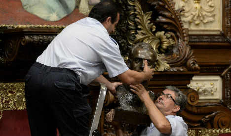 Off with his head! Bust of King axed by Barcelona