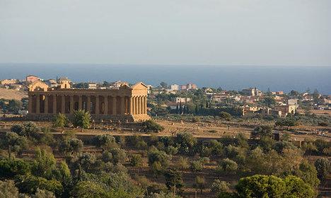 Google rents Unesco ruins for top-secret event