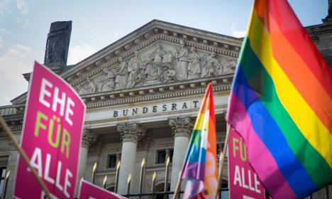 Berlin conservatives say 'no' to gay marriage