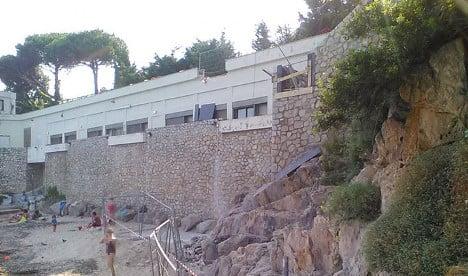 Saudis allowed to build elevator to Riviera beach
