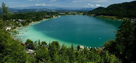 Lakes reach 'bathtub' temperatures