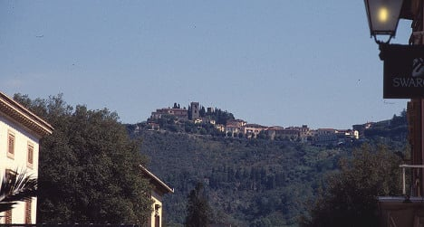 German student dies in Tuscan balcony fall