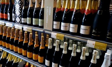 Fresh push for longer alcohol store hours