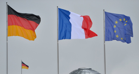 France launches push for stronger eurozone