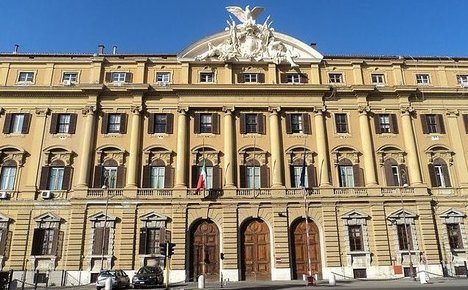 Italy's economy grows slower than EU average