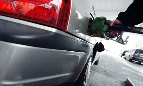 Petrol hike marks start of Swedish 'driving season'