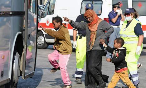 Migrant shipwreck survivors arrive in Italy