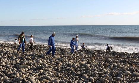 More debris found on Réunion in MH370 hunt