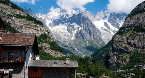 Two killed in Mont Blanc glider crash