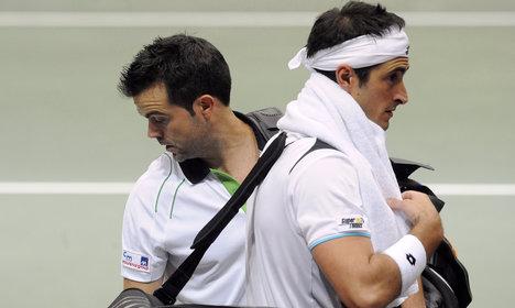 Tennis: Italian pair get life ban for match-fixing