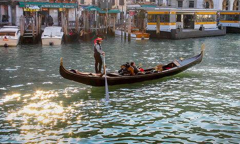 Drunk couple nicked for gondola joyride
