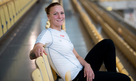 Swedish swimmer smashes butterfly record