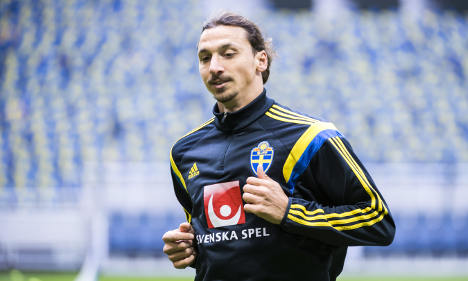 Sweden's Zlatan fit for next Euro 2016 clash