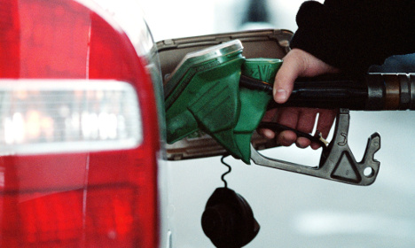 Petrol prices cut at pumps across Sweden