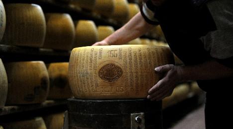 Italian cheese gang rob €785k of parmesan