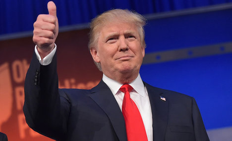 Donald Trump hails 'nice man' Berlusconi