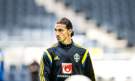 Swedes sweat for Zlatan before Austria clash