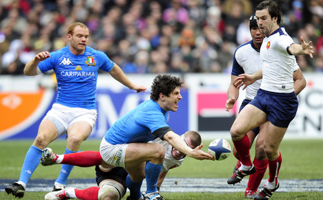 Parra wary of Italy ahead of World Cup opener