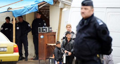 UN rights chief blasts Paris for Roma evictions