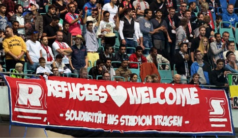 Bundesliga to wear shirts welcoming refugees