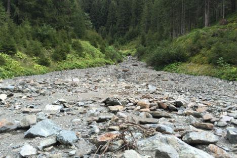 Hiker stumbles on human leg in Tyrol