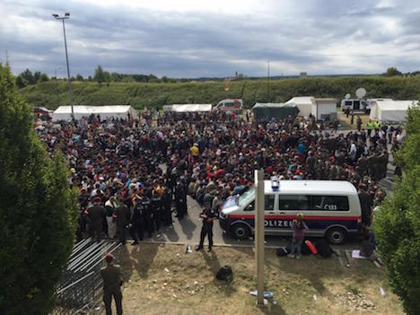 Latest human wave of refugees reaches Austria
