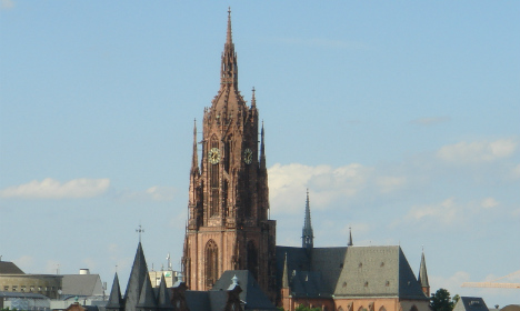 Mystery of medieval child grave in Frankfurt