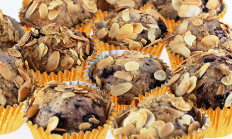 How to make Swedish blackberry muffins