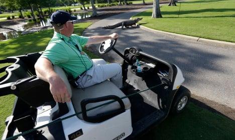 Swede risks jail for drunk driving golf buggy